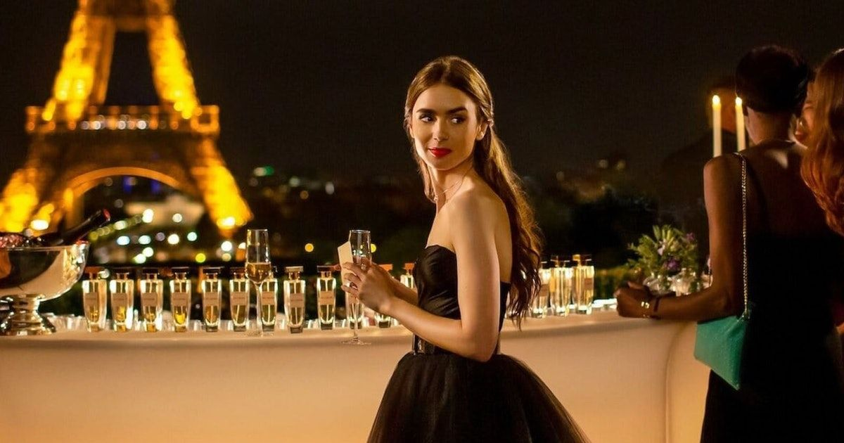Emily in Paris, season 2?  Here's what's known:  https://t.co/GjqxAOCDgd https://t.co/GGvLwW1nAH