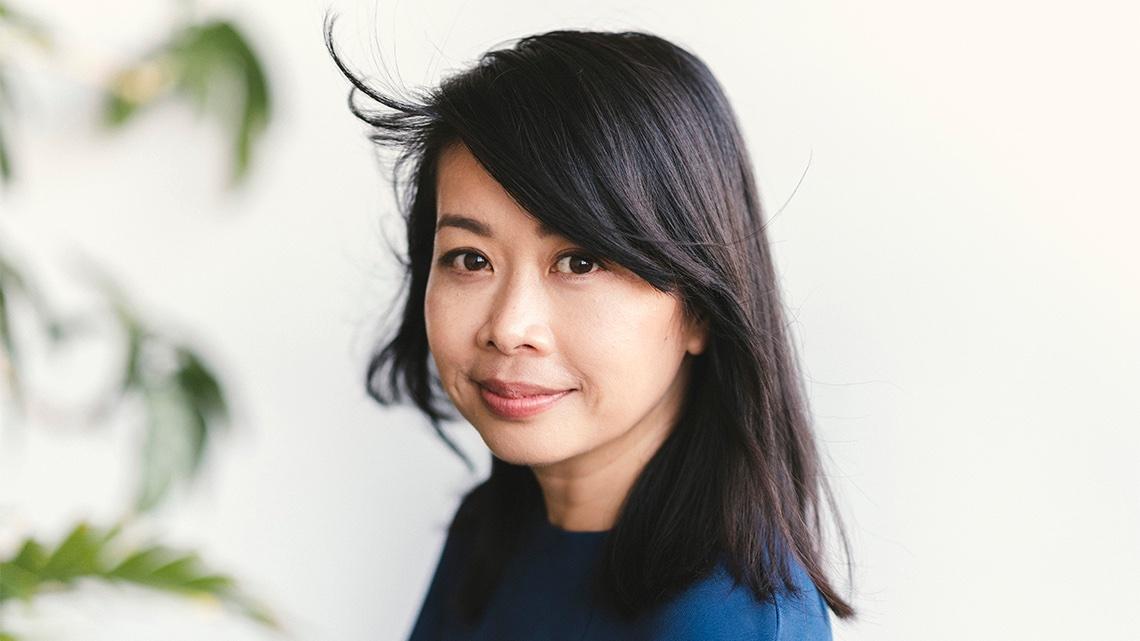'Why don't I just write?': @UofTArtSci alumna Souvankham Thammavongsa on winning the @GillerPrize & her time at #UofT 📘