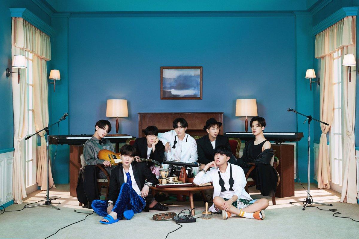 "[INFO📂]@BTS_twt  El álbum ""BE"" ha vendido un total de 216,173 copias en Netease Cloud🇨🇳 en su 1ra semana.  ~ARMY sigamos con el stream  💪💜 📌https://t.co/oYbSToPw4O  ~🐰🐣💜 Cr. btsworldwider  I'm voting for BTS @BTS_twt for Favorite Duo or Group - Pop/Rock at the #AMAs https://t.co/NXpaOCazm7"