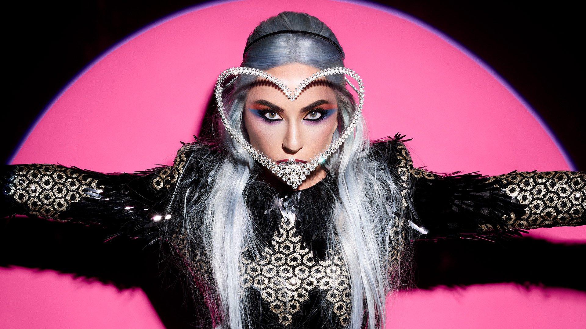 Lady Gaga Net Worth 2020 : Bio , Age, Songs, Husband, Albums