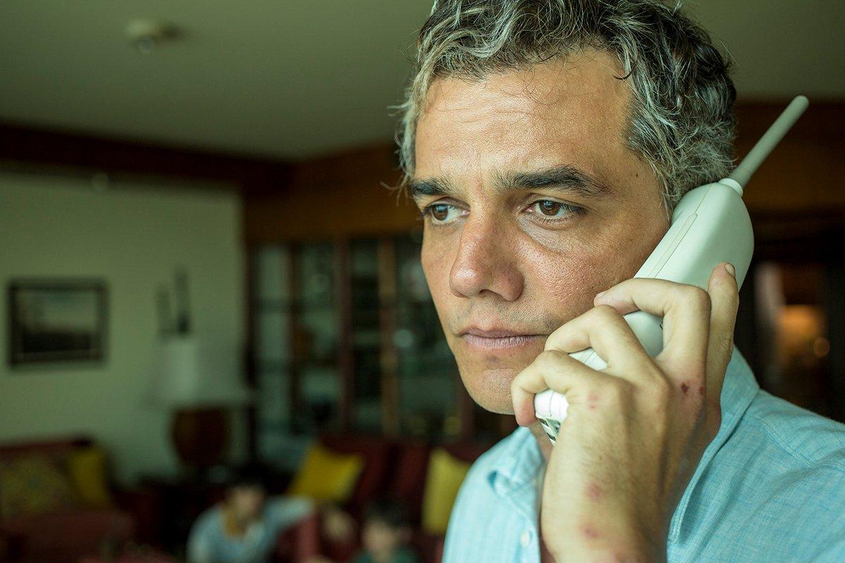 Replying to @NetflixBrasil: De vez em quando me pego pensando no Wagner Moura em Sergio.