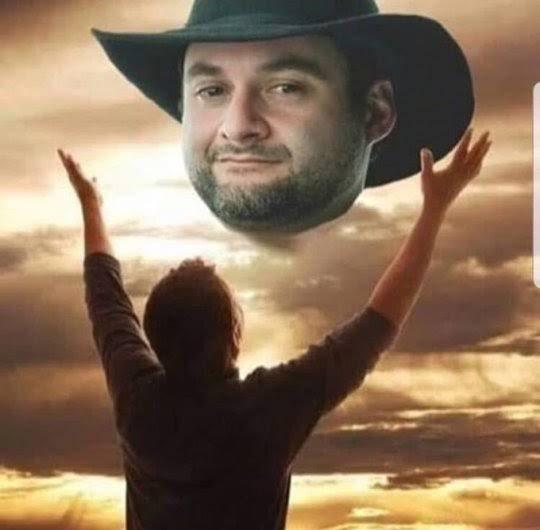 SnyGod é o caralho! Nessa conta, se deus existe e tem nome, ele usa chapelão de cowboy e chama Dave Filoni! #TheMandalorian #TheCloneWars