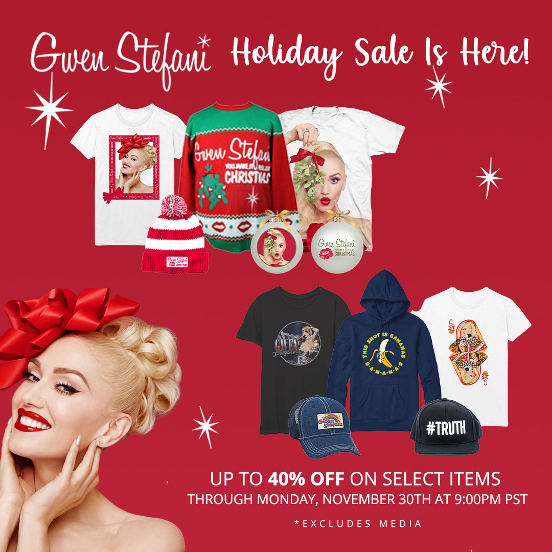 It's holiday shopping time 🥰 Up to 40% off select items in my store now through Monday ✨🎁🎄 #YouMakeItFeelLikeChristmas gx