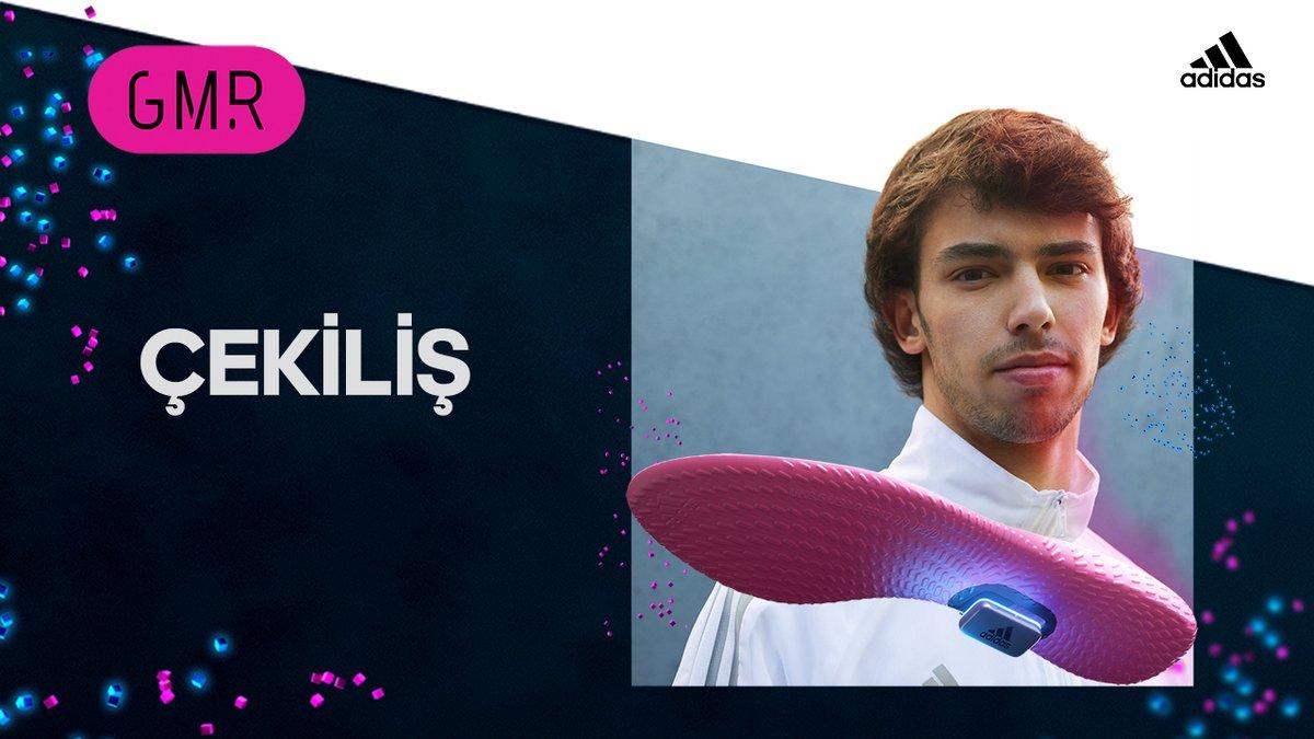 🎁 De Marke Garage x adidas iş birliği ile 5 takipçimize #adidasGMR hediye ediyoruz. ⠀ 📸   Yarışmaya katılmak için ➡