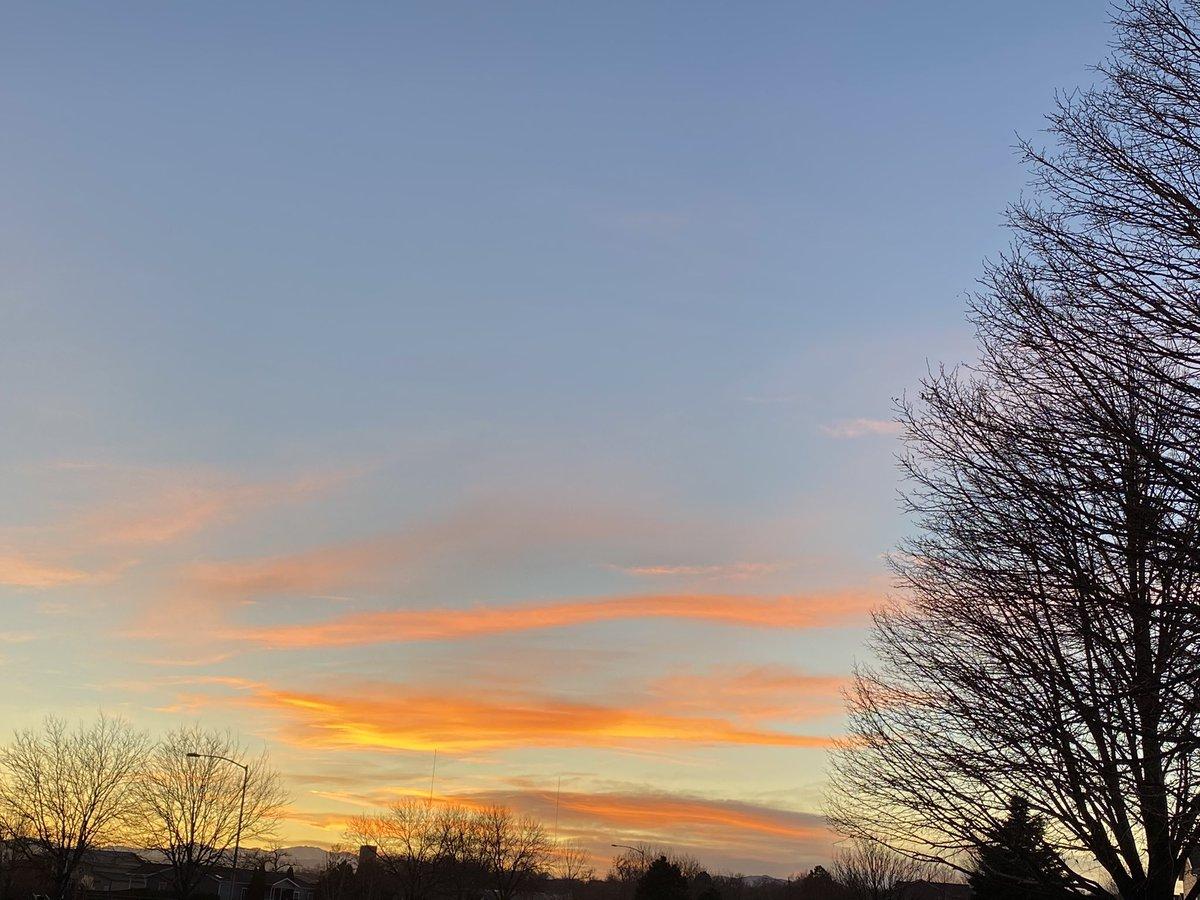 A gorgeous sunset I took a couple days ago #beautiful #sundayvibes