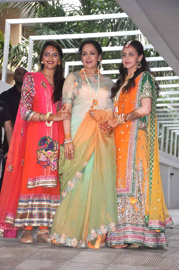 Hema Malini, Dharmendra blessed with twin grand-daughters. Congratulations to the family.