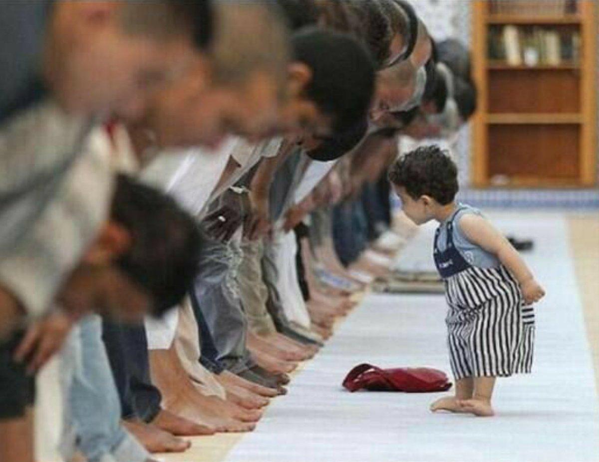 Çocuklar camilerin süsüdür.