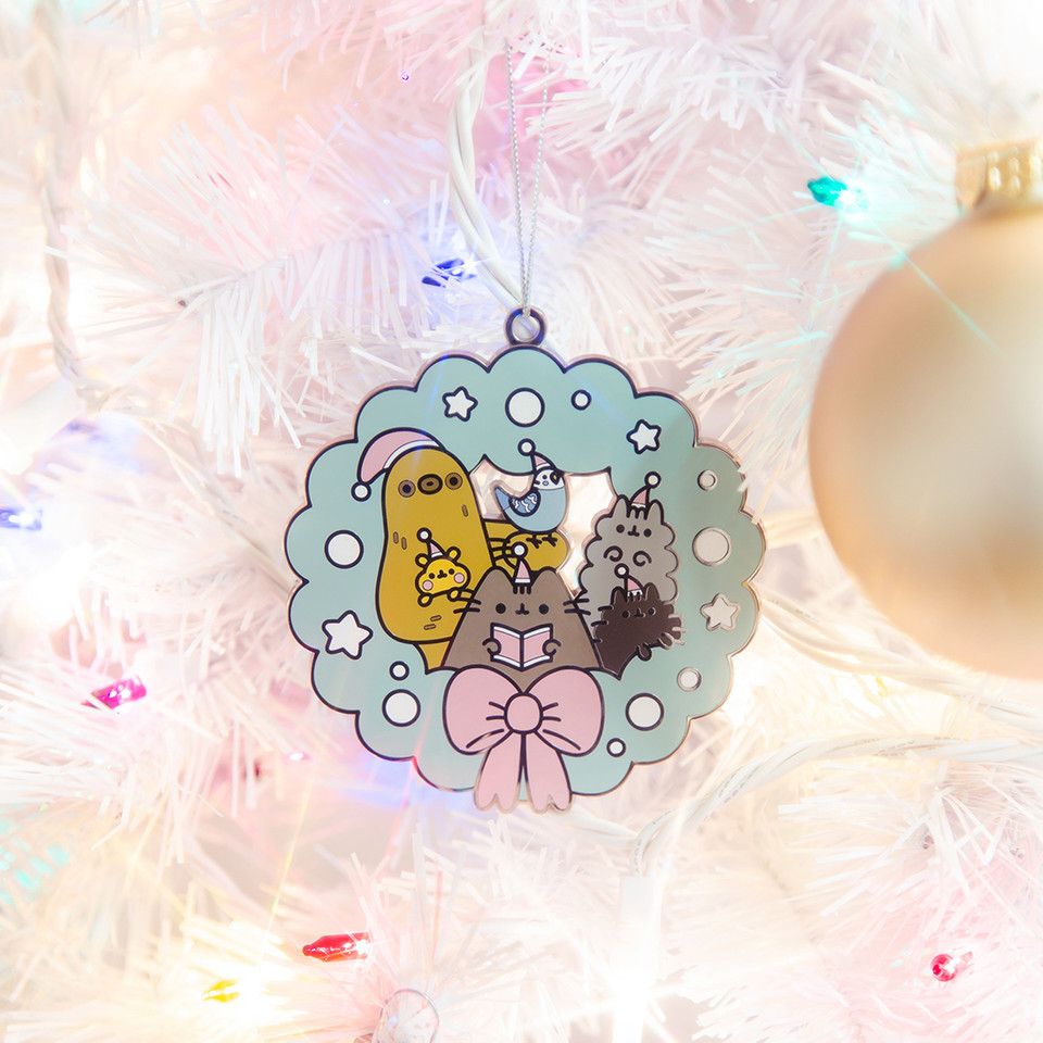 ITS HERE! This years limited edition @ThePusheenShop ornament features Pusheen, Stormy, Pip, Cheek, Bo, and Sloth!🛍 Dont wait, these will go fast! bit.ly/2JbSMcX