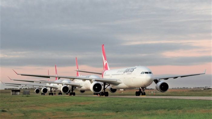 Qantas trying to steal other airlines frequent flyers with offer to fast track status when they switch to them  #News #Travel #Aviation #AvGeek #AvGeeks #Aviationlovers #Holidays #Air101  #Qantas #FequentFlyer #Australia