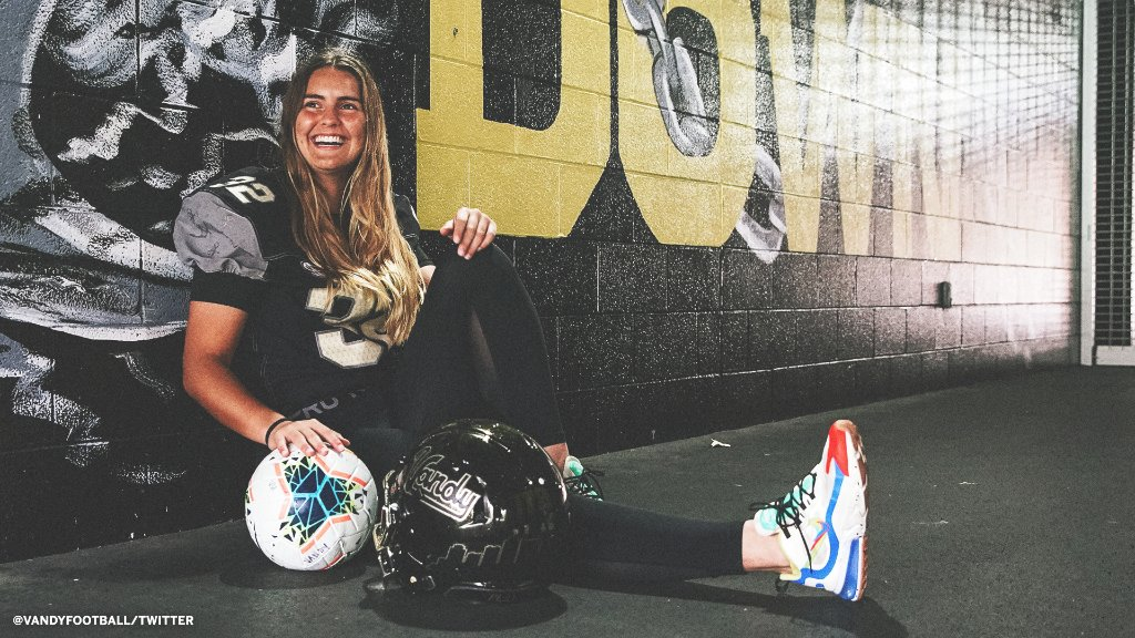 Historic moment for college football 👏   Vanderbilt is turning to women's soccer player Sarah Fuller to be its place-kicker on Saturday.   She will become the first woman to participate in a Power 5 football game. (via @VandyFootball)