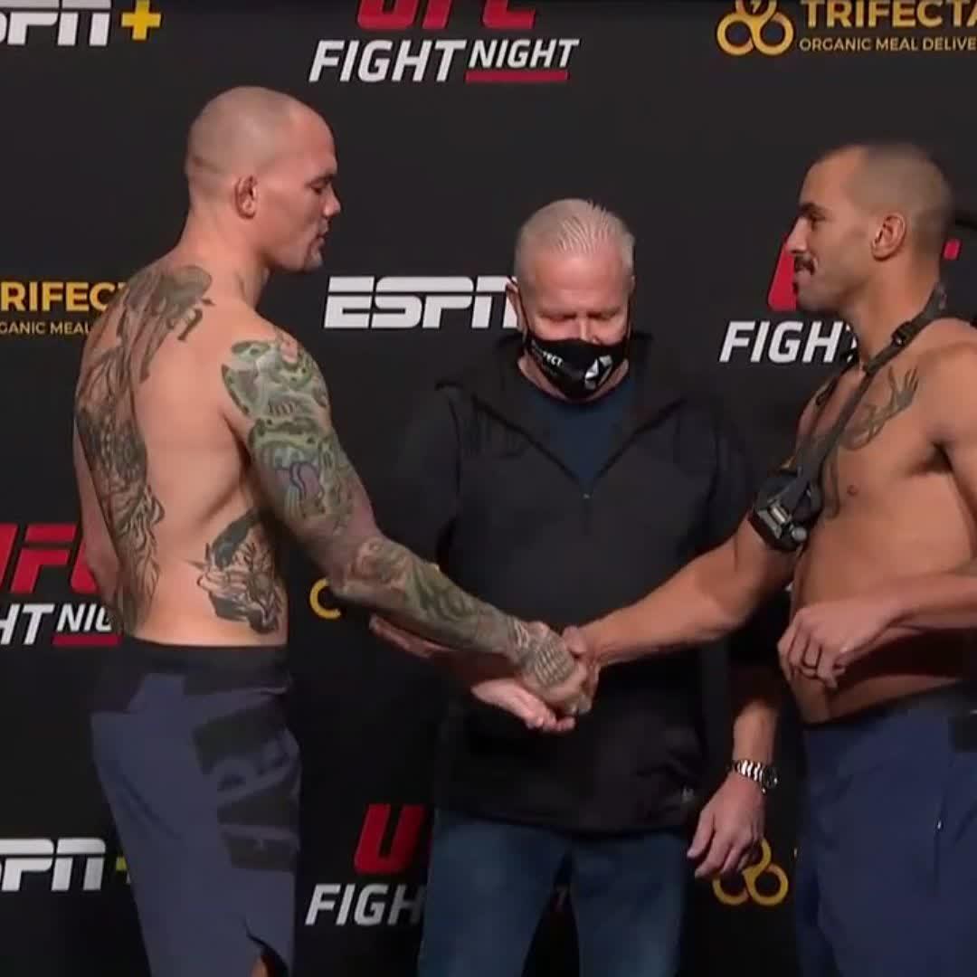 Make it 5️⃣ rounds!   🦁 @LionheartASmith & 🐻 @BrownBearC now main event #UFCVegas15.   [ Main card LIVE on @ESPN & #ESPNPlus ] https://t.co/HtzUk5cx0n