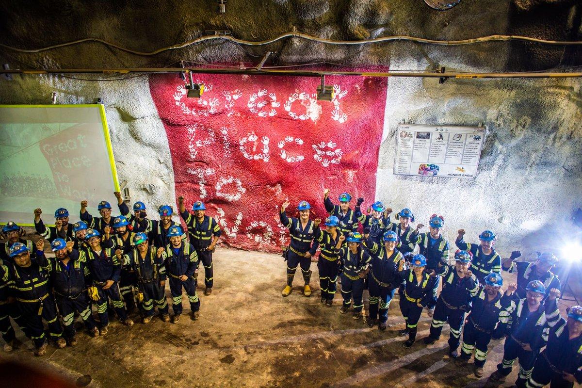 """#SabiasQué todo el personal que ingresa a nuestra mina subterránea en #PinosAltos utiliza un """"tag"""" en su lampara que nos permite conocer su ubicación real y dar respuesta rápida en caso de alguna emergencia #MINA #Tecnologia y #Seguridad. #HacemosQueLaMineriaFuncione #FactoFriday https://t.co/wpjs5x06mI"""