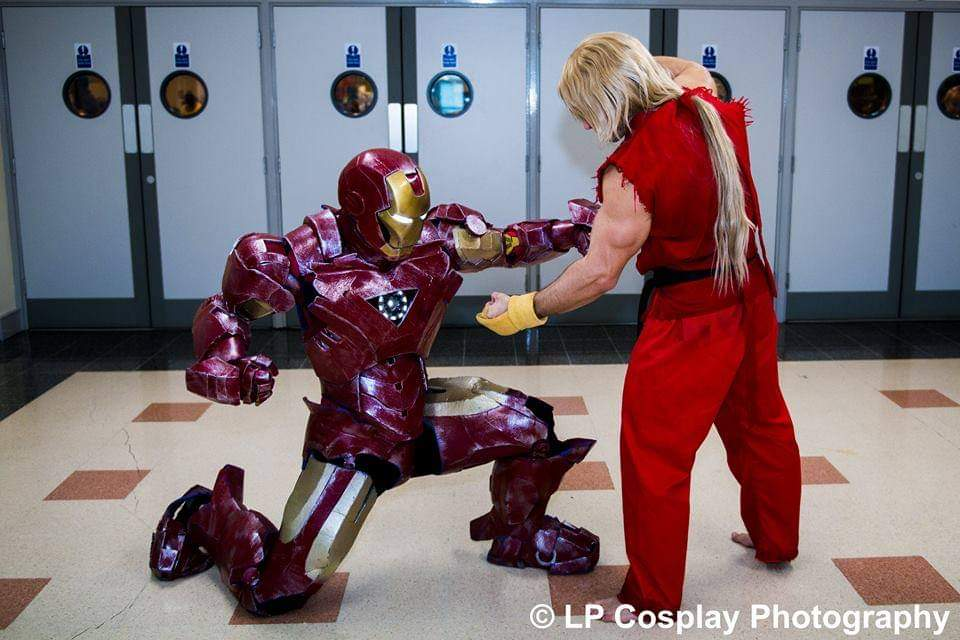 Marvel Vs Capcom with @kennycosplaystuff  PH @lpcphotography  #cosplayers #picoftheday #me #fitness #comiccon #photo #fitfam #model #armoursmith #motivation #photography #bodybuilding #marvelvscapcom #capcom #streetfighter #Marvelcomics #avengers #ironman #Kenmasters