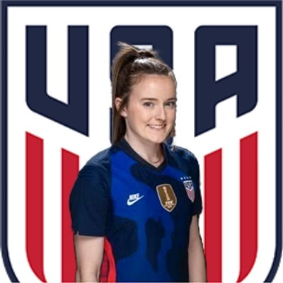 LOOK AT THIS EDITION OF THE PHOTO OF THE STAR OF THE AMERICAN FEMALE SOCCER TEAM MADE IN THE AIRBRUSH WHAT DAMN LIKE ???  SCORE FROM 1 TO 5 ...   #USWNT #photography