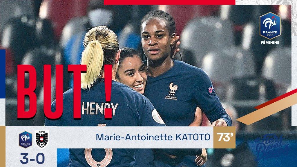 Le doublé pour @MarieKatoto ! 3-0 🇫🇷 #FRAAUT #FiersdetreBleues