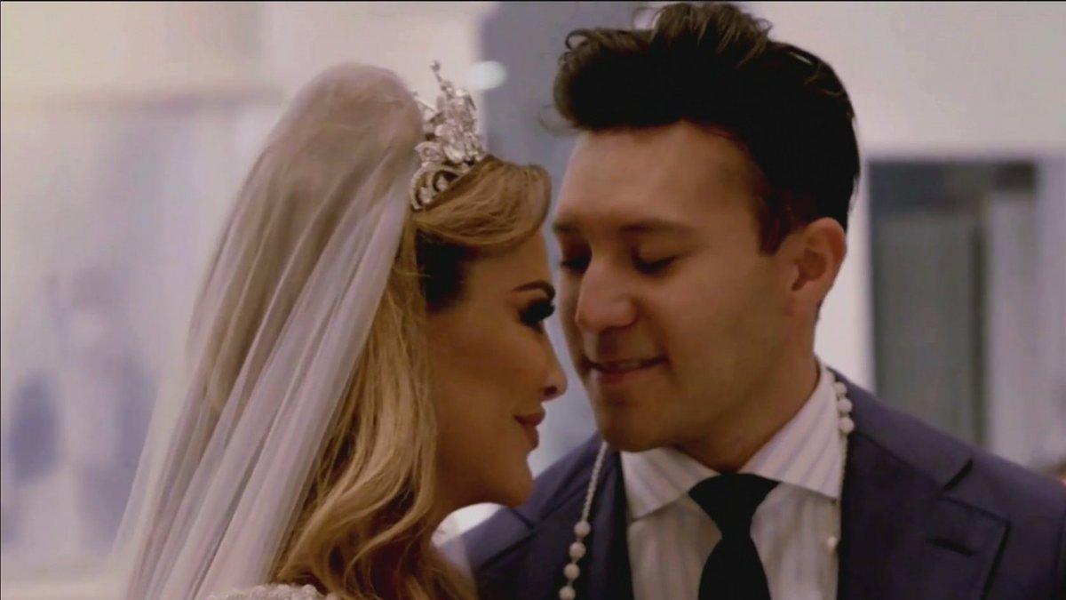 En un programa especial, #Telemundo transmitirá la boda de #NinelConde y #LarryRamos este domingo 29 de noviembre a las 7pm/6c. VIDEO => https://t.co/FzgzpGGGQU https://t.co/SpSGu9DMun