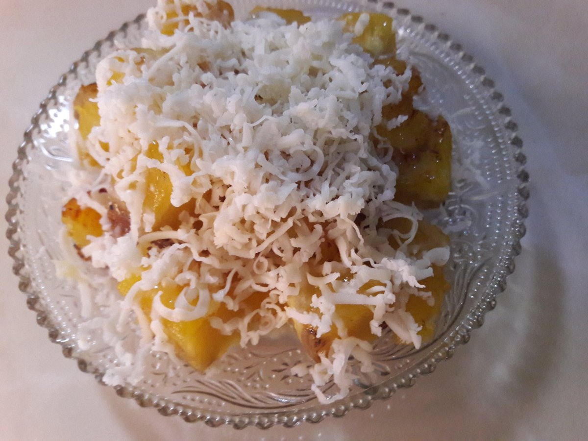 Banana Cheese 🍌🧀. #MAKANAJA #kuliner #pisangkeju #bananacheese #banana #cheese #foodblogger https://t.co/GJOsIfR9fo