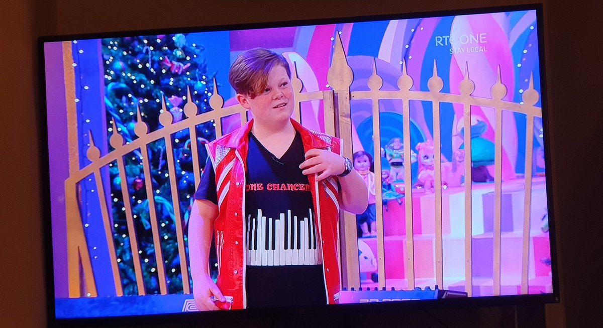 """""""Tell us the name of some of your songs?""""  """"Cops Be Bitches. Bitches Be Cops""""  #LateLateToyShow https://t.co/PzHyzgyy3i"""