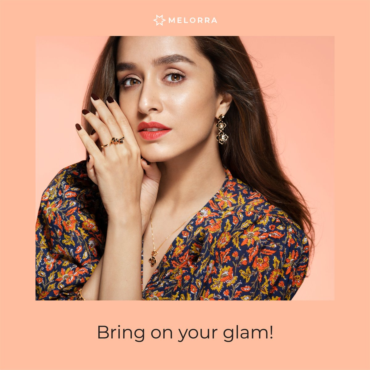 Styling up for your weekend face-time party? Make a sleek pendant or a statement ring the centre-piece of your look. Trust us, these power players are a must to keep you dazzling>   #Melorra #ArtOf24X7Fashion #FineJewellery #LightweightJewellery #ShopOnline