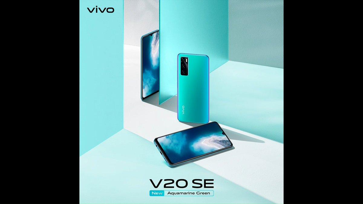 Power up your day with #vivoV20SEAquamarineGreen. Kapasitas baterai 4100mAh + 33W FlashCharge bisa isi daya baterai lebih cepat untuk mendukung aktivitas kamu seharian.  Charge baterai gak perlu nunggu lama lagi, miliki vivo V20 SE sekarang di