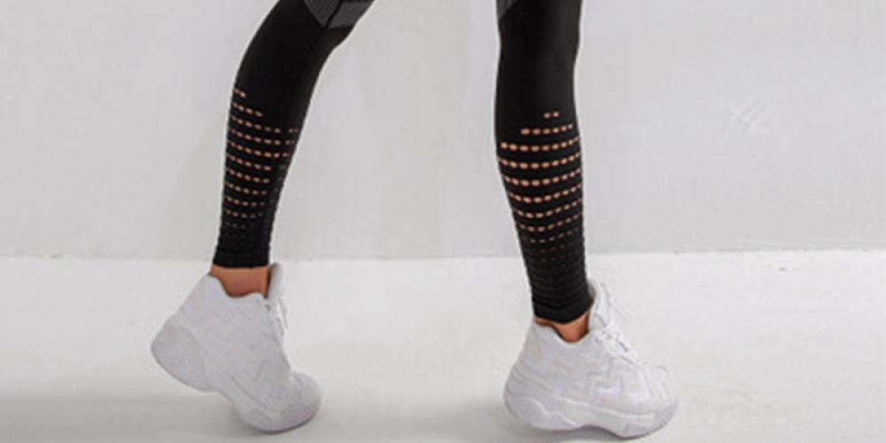 #fitnessjourney Seamless Women's Pair of Workout Leggings