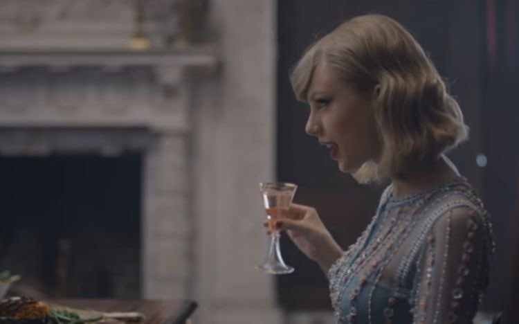 hello swifties 😌 pls welcome me! 💝💝💝💝💝 #TaylorSwift #exile #lover #reputation #speaknow #Folklore
