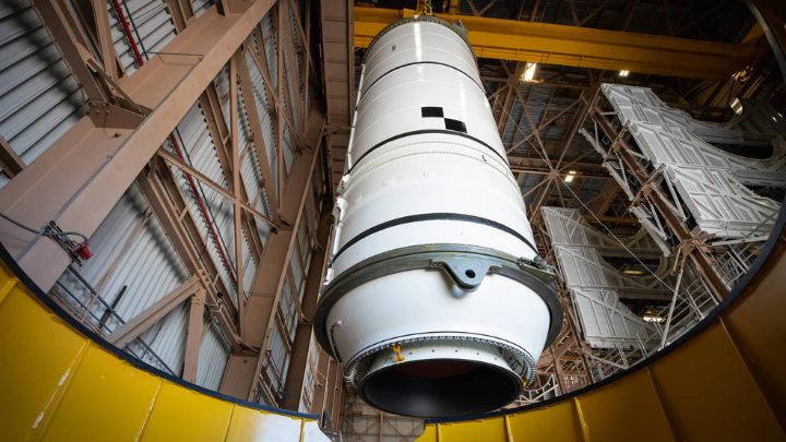 This week...  🌔 Stacking @NASA_SLS rocket boosters for the #Artemis I launch 🐉 The next @SpaceX cargo mission set to deliver a @Nanoracks airlock to @Space_Station ⛏️ A @NASASolve challenge to develop technologies to excavate ice on the Moon  Watch: https://t.co/dlirmws2Tv https://t.co/Eyjfrn0Ut7