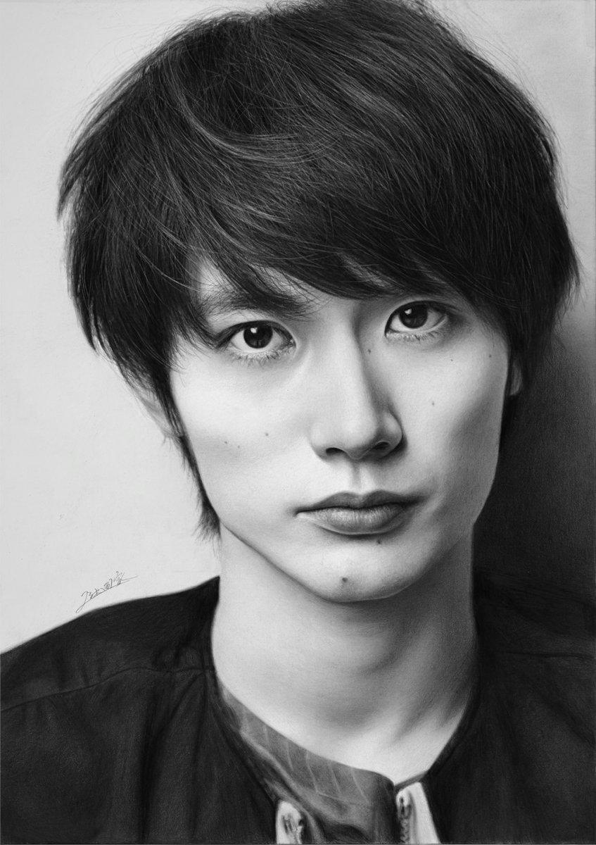 鉛筆で三浦春馬さんを描きました!