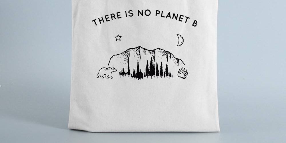 #amazingtravelaccessories Nature Printed Shopping Bag  https://t.co/1c6GgT6qD9 #WednesdayWisdom #StartUp #Business #giveaway #Travel #travelphotography #photo #SupportSmallBusinesses #Election2020 #fashion #womenwhocode https://t.co/TKP9kvoNAe