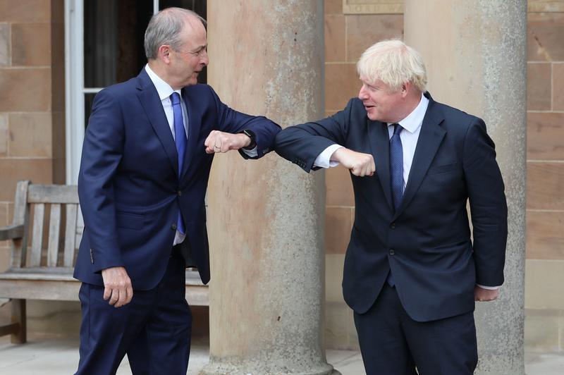 British, Irish prime ministers discuss EU trade negotiations