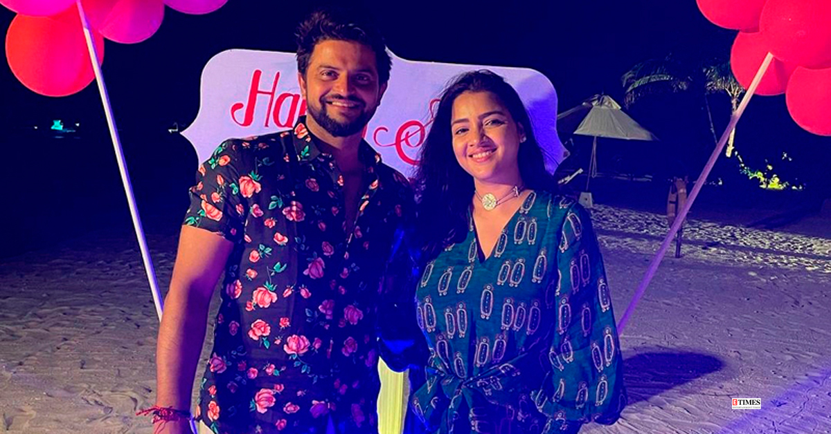 These pictures prove former cricketer #SureshRaina is the perfect family man For more: