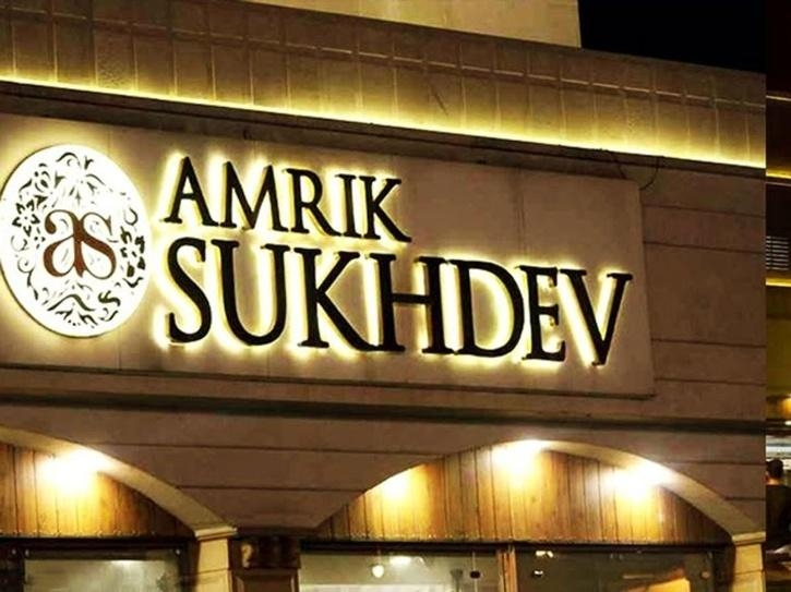Dilli Chalo agitation: Amrik Sukhdev dhaba in Murthal is earning applauds for serving free food to farmers protesting against farm laws 2020.