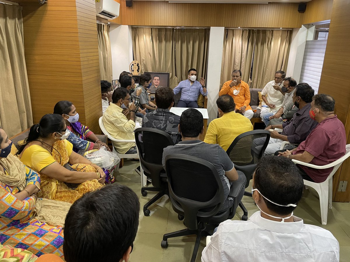 Hold a meeting this morning for the formation and proper implementation of page committees in Majura Constituency. The Karyakartas from BJP are working round the clock to strengthen the party at ground level.