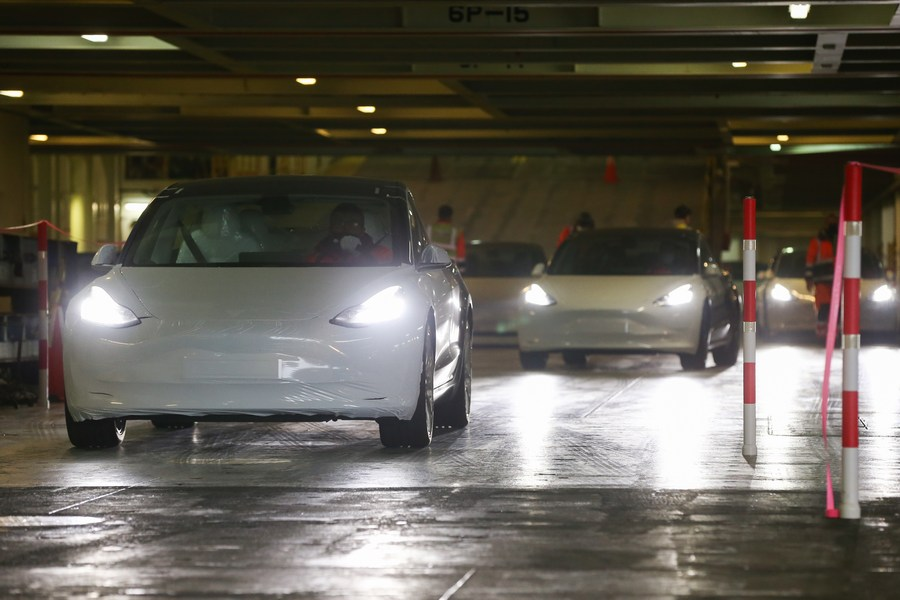 The first shipment of about 3,600 China-made Tesla sedans has reached Europe! Some 7,000 sedans manufactured in Tesla's Gigafactory in Shanghai, China are destined for Europe