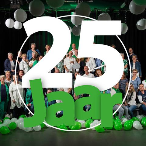 test Twitter Media - Hallelujah! Raise your glass! Vandaag bestaat ons koor 25 jaar! @PopInKoor Can't stop this feeling! https://t.co/ouY0ZnmjFP