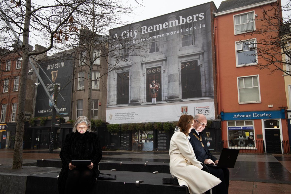 Chief Executive of Cork City Council, Ann Doherty joins Lord Mayor of Cork Cllr Joe Kavanagh and Lady Mayoress Stephanie Kavanagh in exploring Cork City Council's new #Cork1920 commemorations webpage  ➡️https://t.co/8F9RNFWNxm https://t.co/INbEjxSZBL