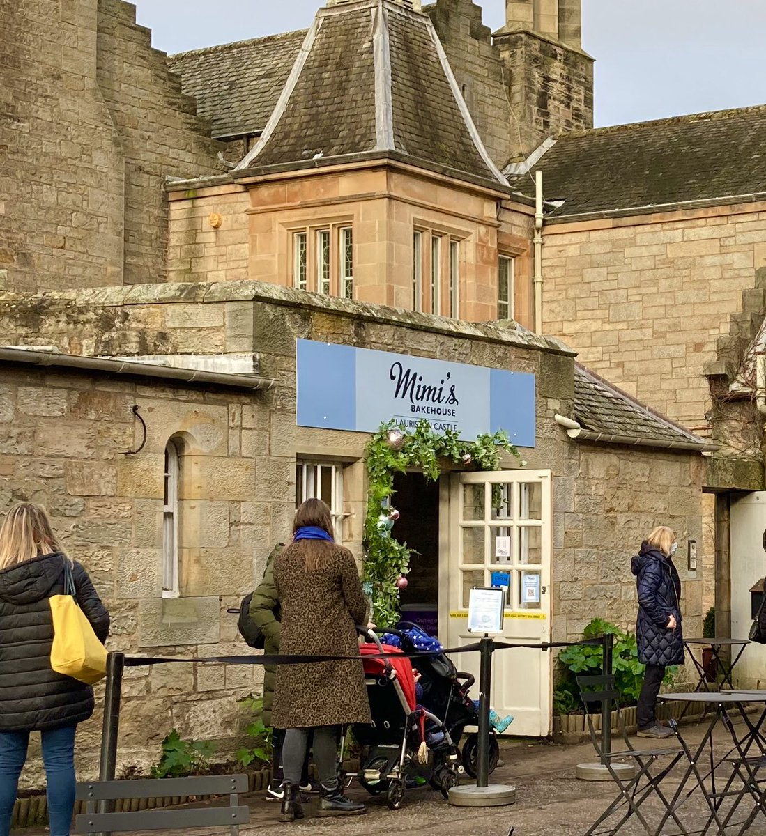 Coffee, cake, cycling and ...er....croquet..#LauristonCastle truly has it all! @EdinCulture @mimisbakehouse