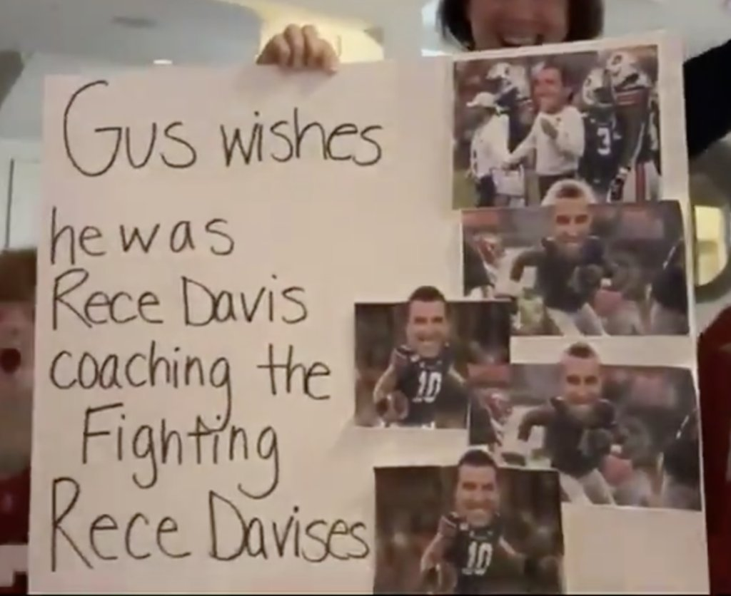 We all wish we were @ReceDavis 🐐 #GameDaySigns