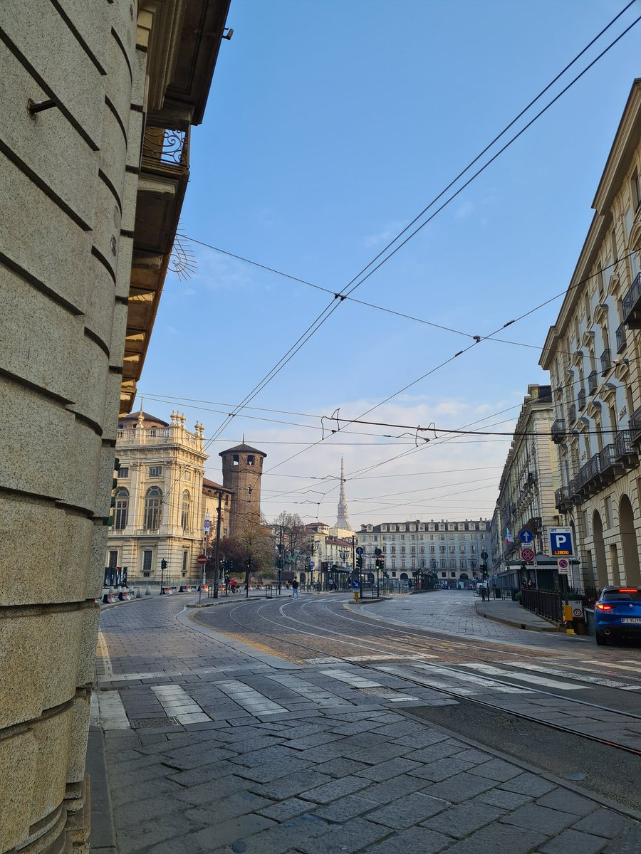 If you can read #italiano don't miss up our last post about the #november moods & #foods in #turin on  #slowtravel #amwritung #shortstory #italianstory #slowtravel #slowliving #fall #italian