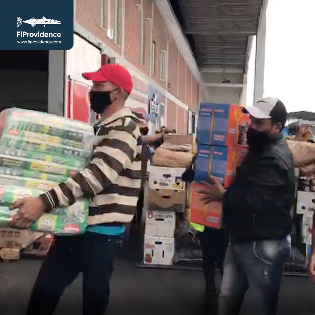 1891 Kg de donaciones partieron desde Bogotá rumbo a #SanAndrés vía #Aerosucre Destino final: #Providencia. Gracias a #Aerosucre por su apoyo y a nuestros donantes y voluntarios que hacen que todo esto sea posible. #FiProvidence #SOSSanAndresyProvidencia #StandUpProvidencia