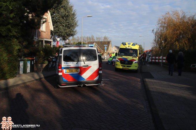Bejaarde fietsster gewond na ongeluk Endeldijk https://t.co/Uyjc8ixrJR https://t.co/wPmbvBCP6n