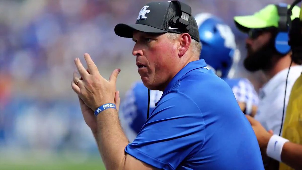 Kentucky OL coach John Schlarman died Nov. 12 after a prolonged battle with cancer. The Wildcats are playing for him and remembering his legacy 🙏