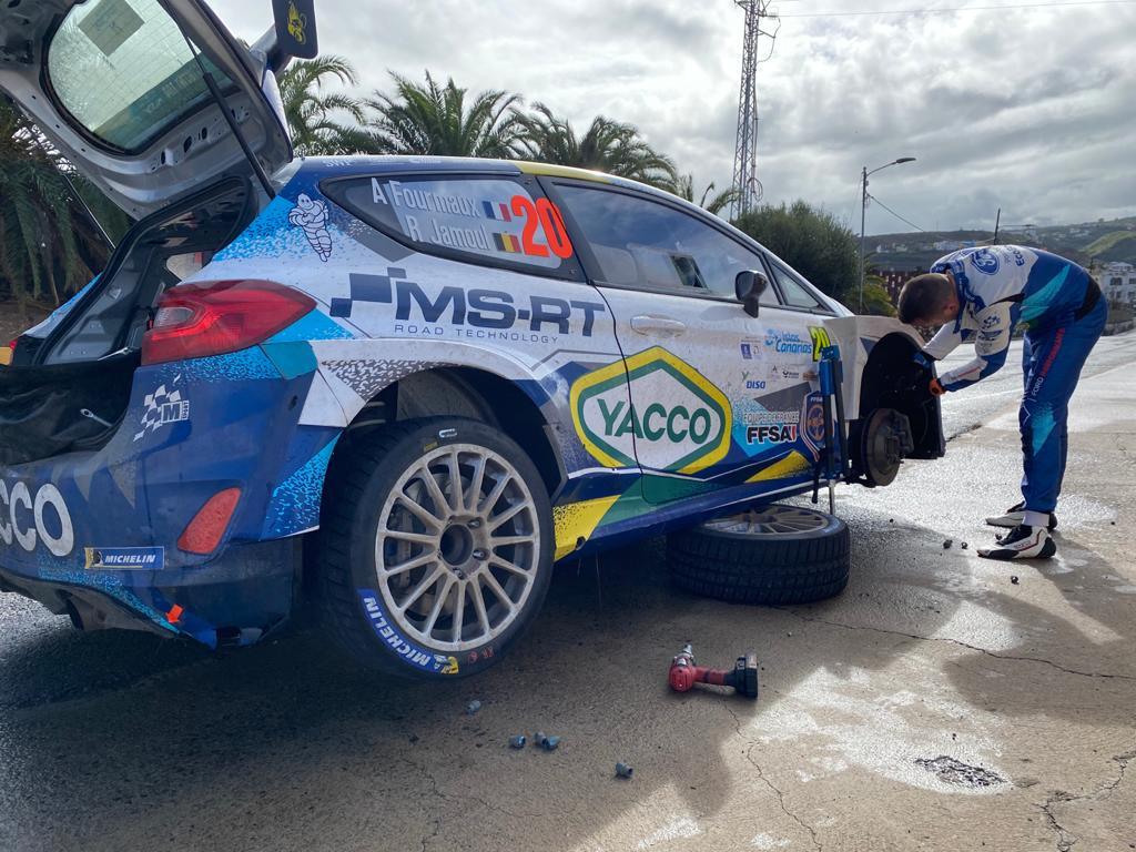ERC + SCER + CERA: 44º Rallye Islas Canarias [26-28 Noviembre] - Página 7 En6C7_kWEAAT6pB?format=jpg&name=medium