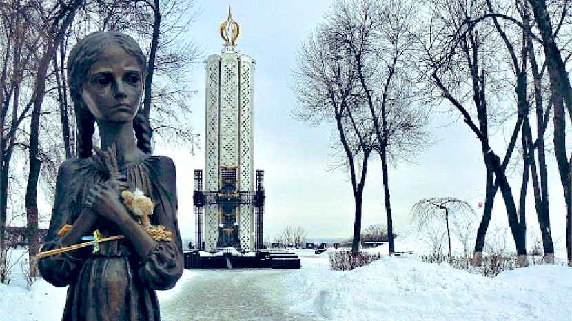 """Nov. 28 is #holodomormemorialday. Marks forced starvation, murder of millions of Ukrainians, 1932-3. The culprits? Stalin & Soviet regime. The sympathizers? Led by #Holodomor denier-in-chief, Walter Duranty of @nytimes. He called genocide reports """"malignant propaganda."""""""
