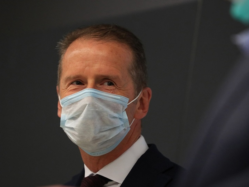 VW CEO Diess said to push for contract extension amid labor opposition dlvr.it/Rmb9nr