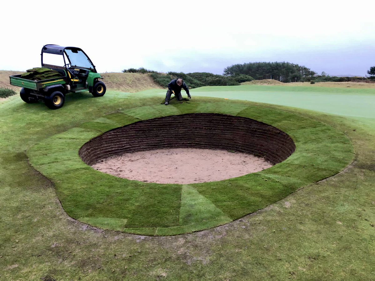 Who likes these bunker upgrades? All revetted and turfed ⛳ *️Notice the assistant checking the finish*
