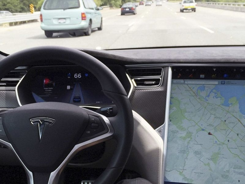 Tesla could widen release of self-driving software in two weeks dlvr.it/RmbCt3