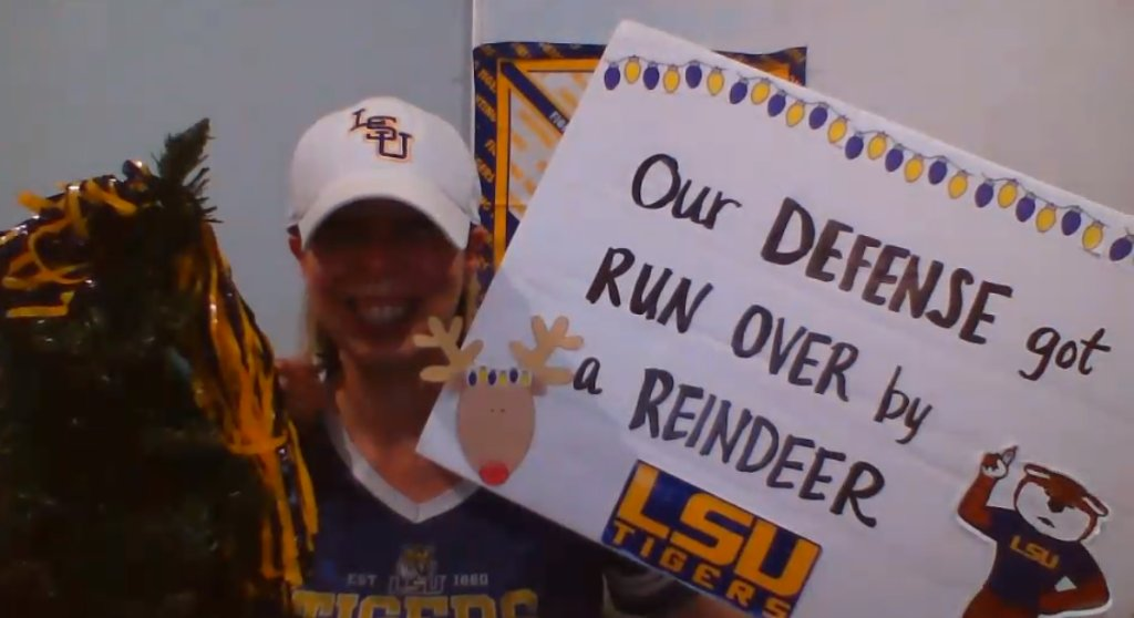At least shes honest 😅 #GameDaySigns