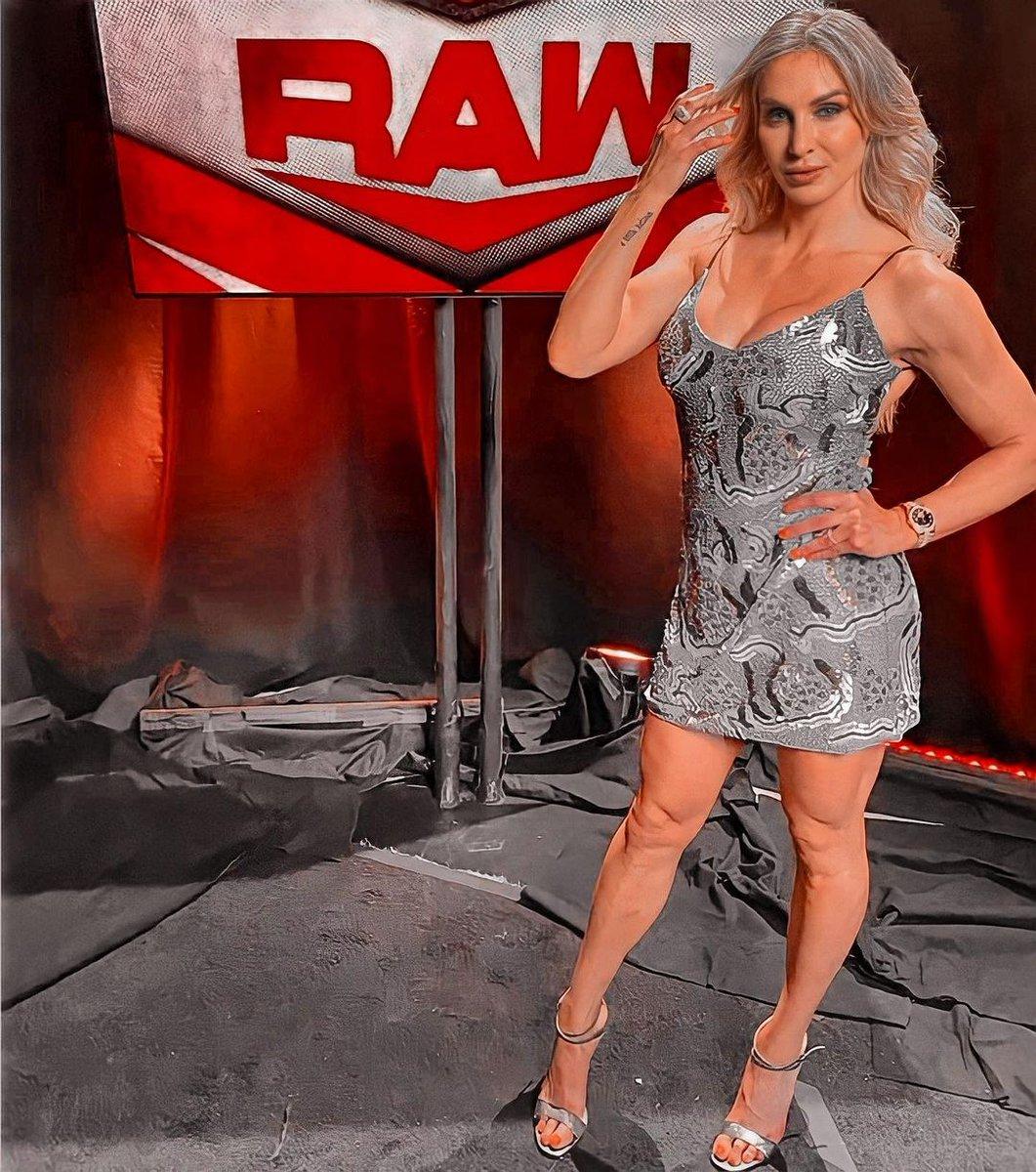 Charlotte Flair ❤️❤️❤️  #CharlotteFlair #WWE #WWEThunderDome #WWENXT #WWERaw #WWESmackdown #WWETLC #WWE24 #wwedivas #raw #sdlive #RomanReigns https://t.co/5A02Zr8UwB