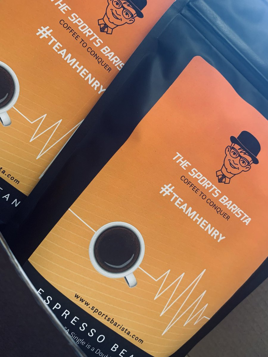 """£5.60 for a bag of #coffeebeans with free delivery......   What are you waiting for!!!   Use code """"BLACKFRIDAY30"""" on checkout for discount 👌     #SaturdayMotivation #espressotime"""